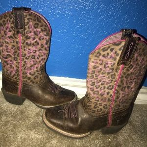 Girls size 9c Ariat Boots